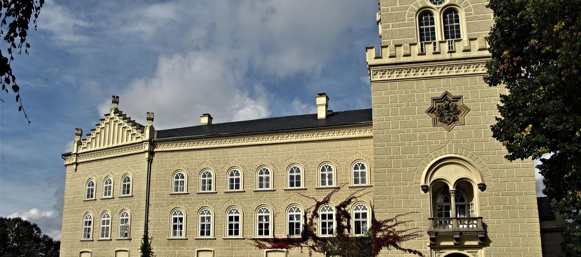 Chyšský zámek